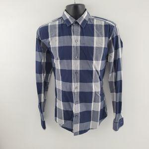 Hugo Boss Dress shirt M plaid Q34